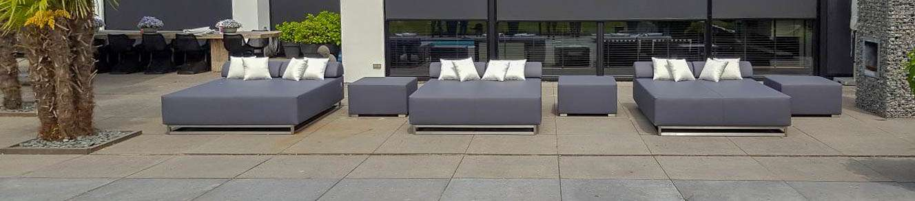 circular outdoor daybed